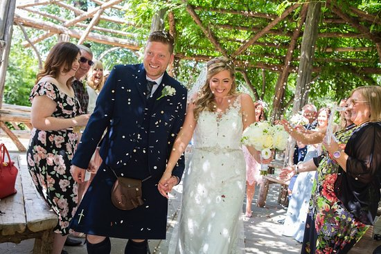 Dalkeith, UK: Wedding was New York Central Park then Reception was Melville Castle