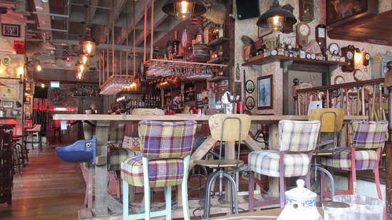 Great Decor, lots of hidden gems. - Picture of Granny Annies Kitchen ...