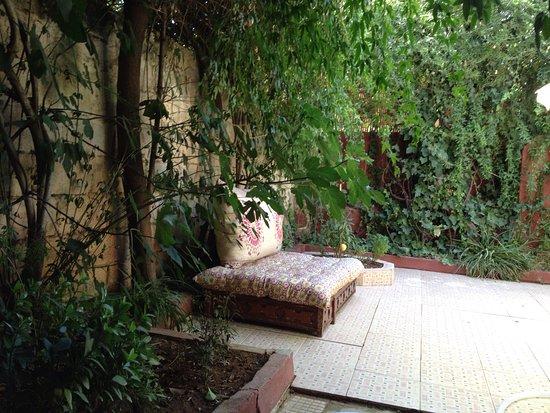 Le jardin de la petite maison de la ville nouvelle - Bild von DAR ...