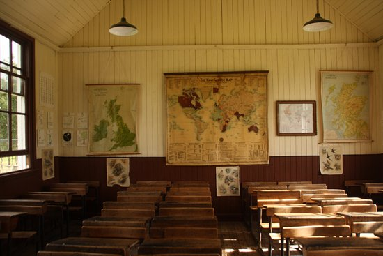 Newtonmore, UK: Do: Visit the old school building! You'll love it.