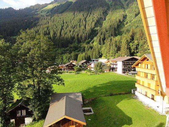 Hotel Falken Wengen Photo
