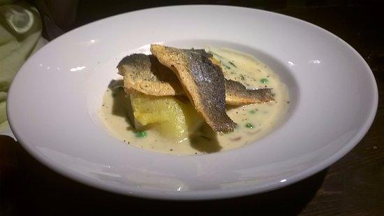 Aston Clinton, UK: Sea Bass