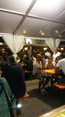 Dakota pub