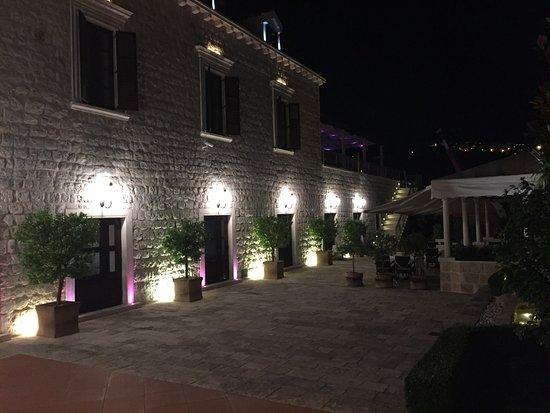 Hotel Kazbek Image