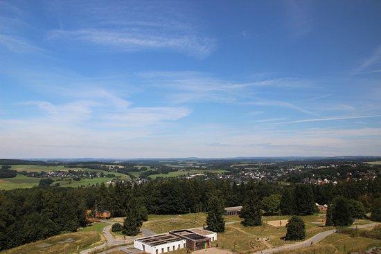 Waldbroel, Alemania: Aussicht von der Plattform in ca. 35 m Höhe