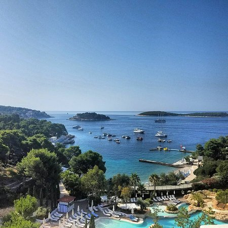 Amfora, hvar grand beach resort: View from the breakfast room