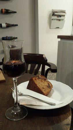 Trencin, Slowakei: Cafe Sladkovic