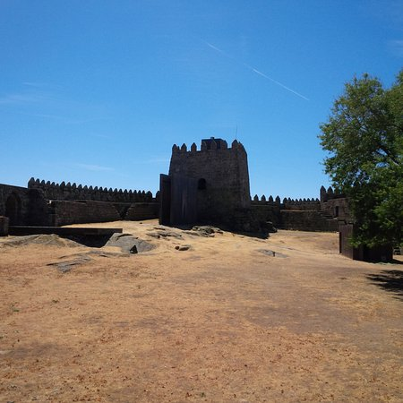 Trancoso, Portugal: the only arabic piramidic tower in Portugal