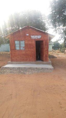 Κασάνε, Μποτσουάνα: Iswiza Travel Agency