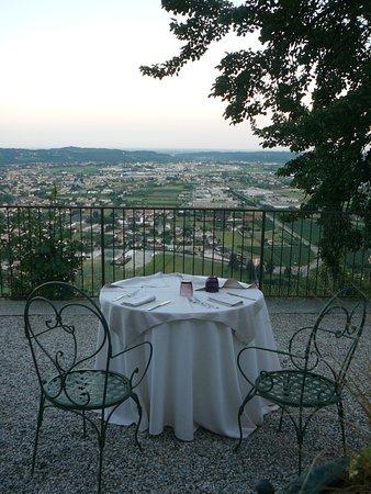 Soligo, Italy: De wereld aan je voeten bij een heerlijke Prosecco