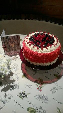Saas-Grund, Ελβετία: Birthdaycake in Bodmen Restaurant