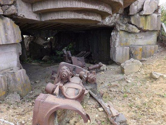 Longues-sur-Mer, ฝรั่งเศส: Longues Battery