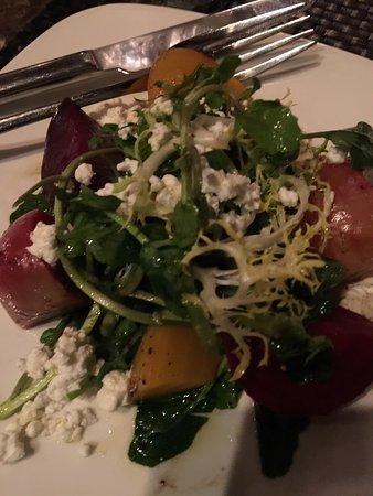 Mamma Maria: Beet salad w/goat cheese