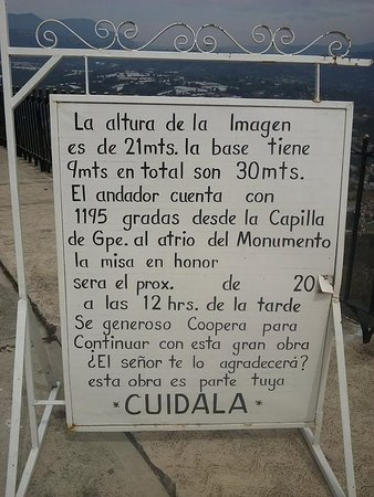 Cristo Rey: Sign at the side of the site