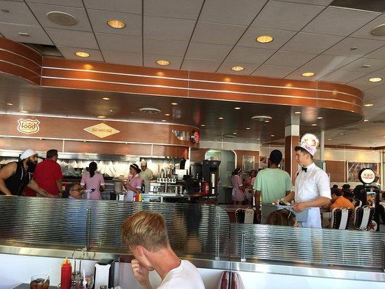 Ruby's Diner: Ruby's Dine L.A.