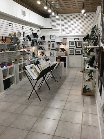 Mount Dora, FL: A peek inside Artisans on fifth.  Items for sale are changed frequently by the local artists in
