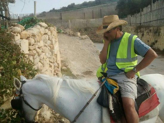 Xaghra, Malta: IMG_20160811_173637243_large.jpg