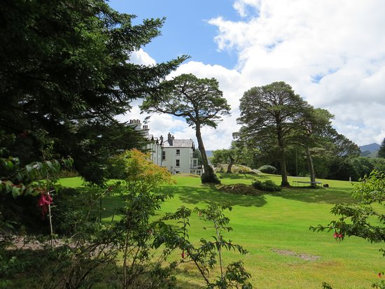 Kenmare, Irlanda: Derreen house and its garden