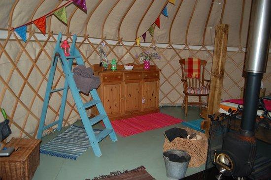Dolanog, UK: A peek inside Rowan Yurt!