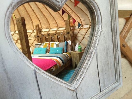 Dolanog, UK: Love that bed!