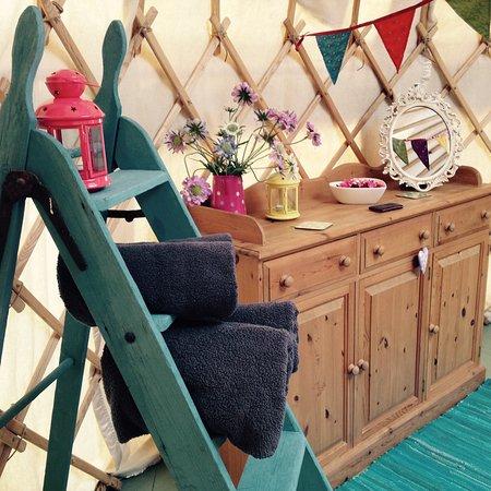 Dolanog, UK: Decor in your Yurt!