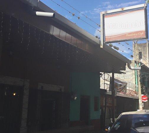 Panaderia y Cafe La Casa de Don Colocho: photo0.jpg