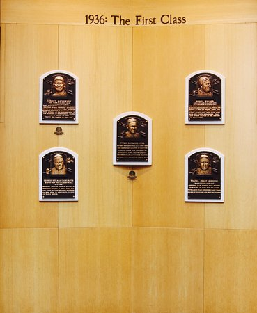 Cooperstown, estado de Nueva York: The First Class plaques.