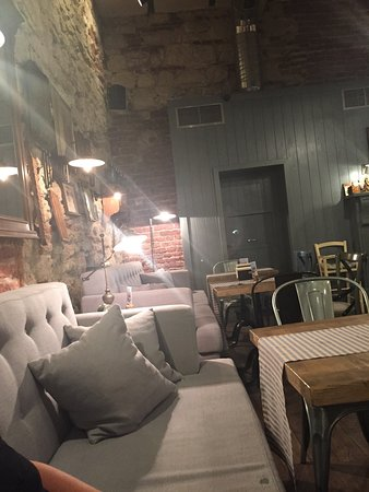 Great spot to try for a great time! Nice music, good food selection, indoor outdoor seating.