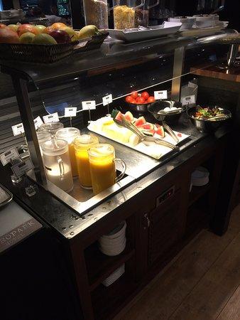 ยูโรปาร์ค โฮเต็ล: Breakfast Buffet