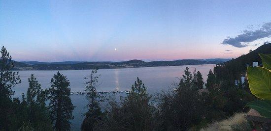 Lake Okanagan Resort: photo1.jpg