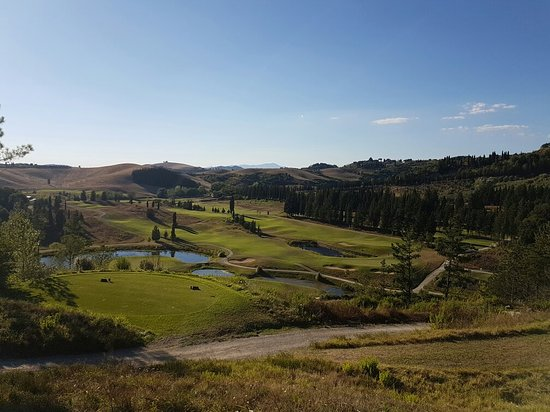 Golf Club Castelfalfi : 20160813_181914_large.jpg