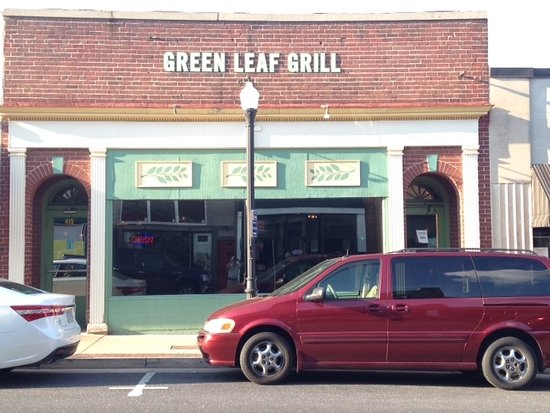Waynesboro, Βιρτζίνια: The Green Leaf Grill