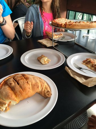 Midvale, UT: Calzone and pizza