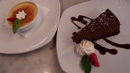 Sugar Land, Teksas: Creme brulee and chocolate mousse