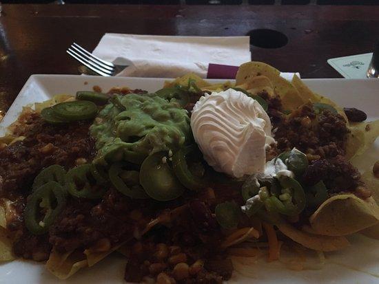 Oldcastle Pub & Restaurant : Amazing nachos