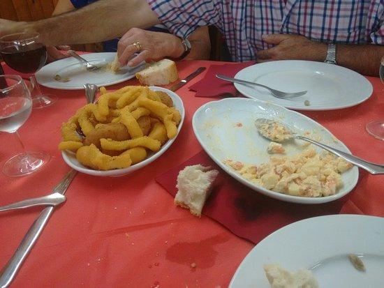 Geras, Spanien: Comprar chorizo y comer . Para repetir.