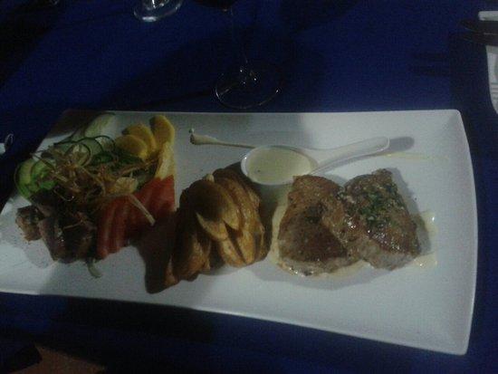 Hone Creek, Costa Rica: Ven deguste nuestros platos especiales.