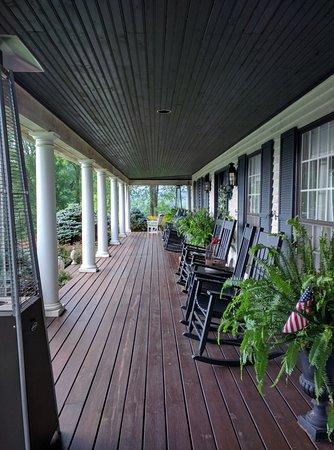 Granville, Огайо: Front Porch
