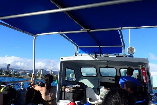 Rainbow Scuba Hawaii: scuba diving boat