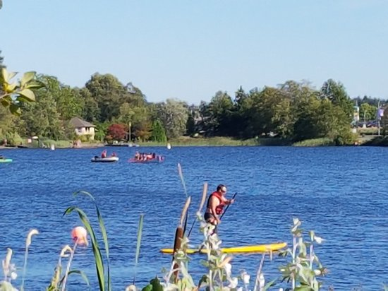 The Inn on Long Lake: Stand up Paddleboarding