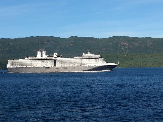 Brown's Bay Resort: The Holland America Line passing by