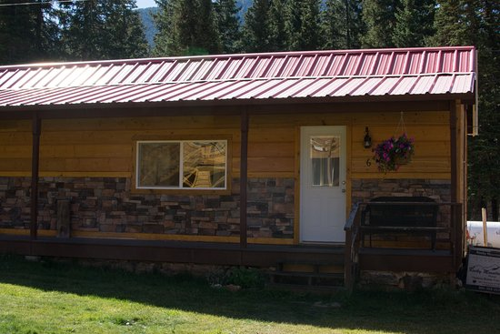 Cooke City, Montana: View of the outside of cabin / room 6