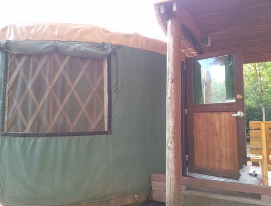 Saint Paul, Oregón: Yurt!