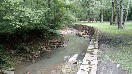 Makanda, IL: waterway in Giant City State park