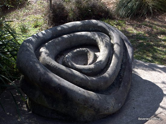 Wentworth Falls, Australia: Another unusual sculpture