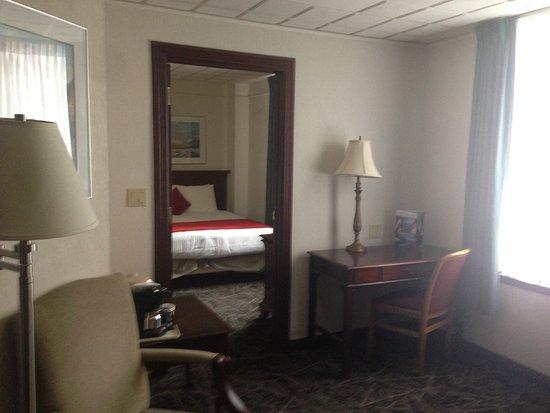 Mount Royal Hotel: 寝室が分かれており、豪華。