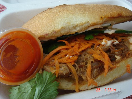 Foto de Num Pang Sandwich Shop