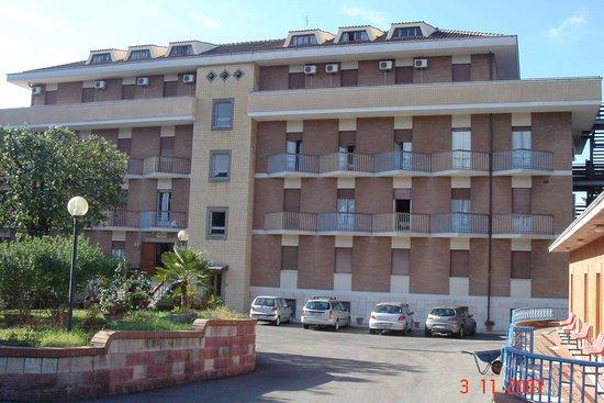 Hotel Foyer Phat Diem Roma : Hotel club house roma rome italië foto s reviews en