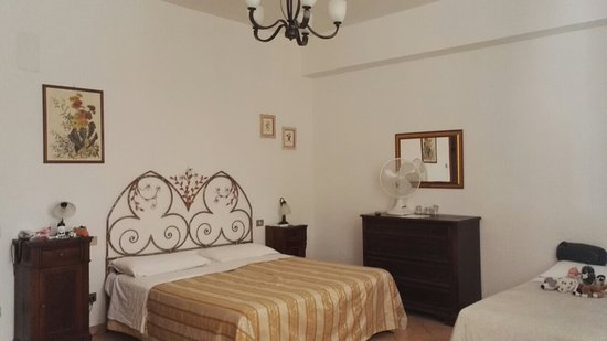 Quercegrossa, Italie : The room