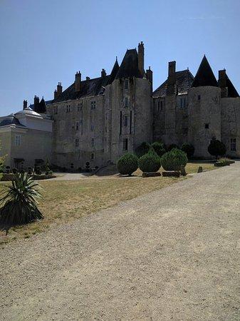 Meung-sur-Loire, Francia: IMG_20160816_135509_large.jpg